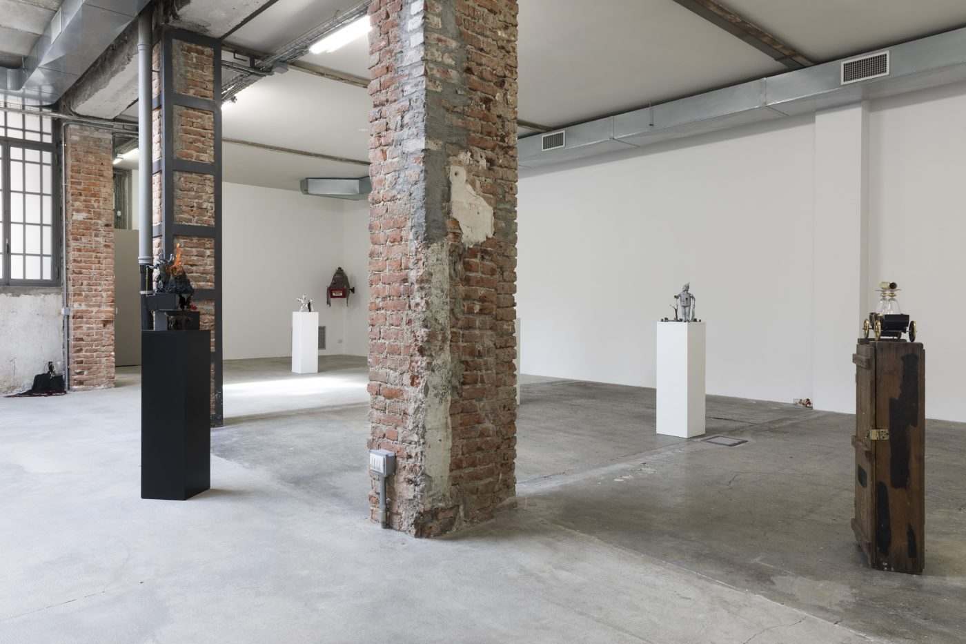 Danny McDonald, exhibition view, Ordet Milano
