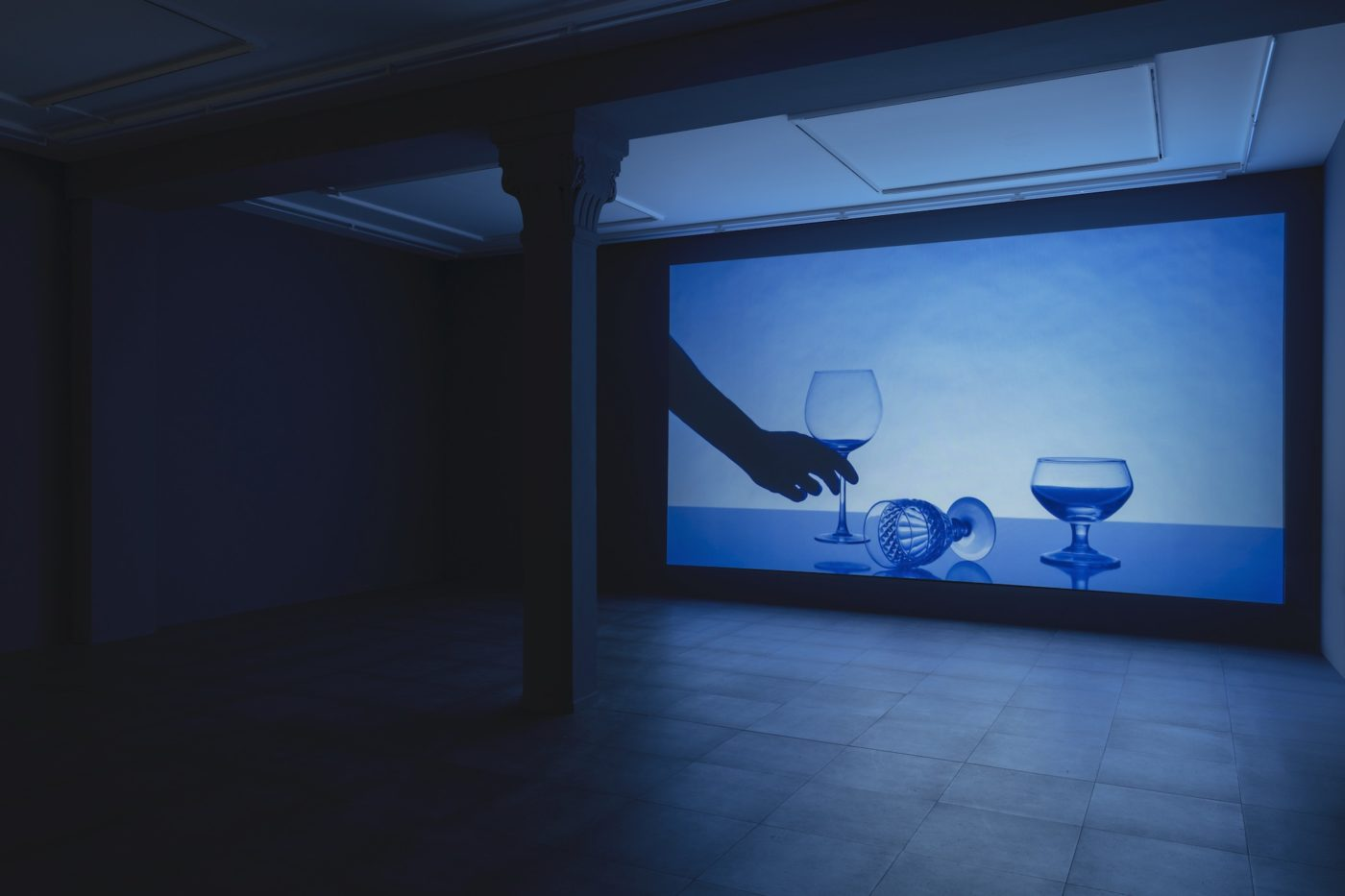 Anna Franceschini, Did you know you have a broken glass in the window?, 2020, Installation view at Vistamarestudio, Milano